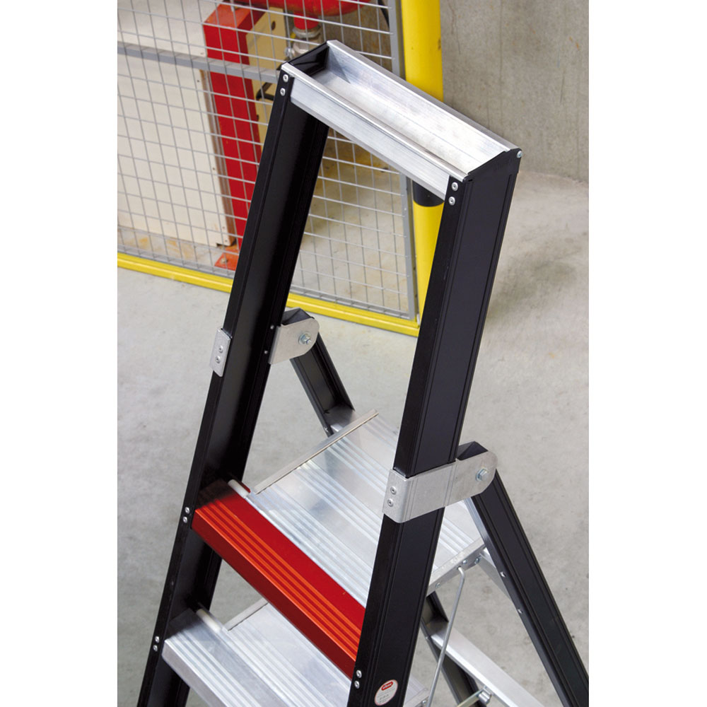 Taurus aluminium stepladder